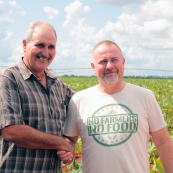 Photo: The president of a Cuban farmer cooperative with Kansas Wheat Commissioner Doug Keesling.