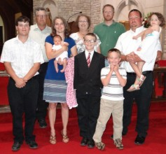 Ross and Judy Kinsler with their children and grandchildren.